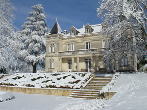 Snow at Chateau Bauduc